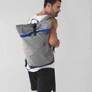 Lululemon Urbanathalon backpack